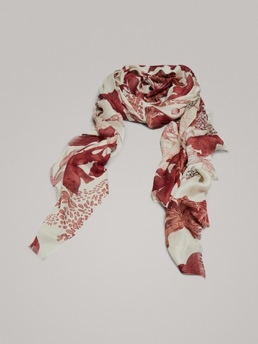 FLORAL PRINT MODAL AND SILK SCARF