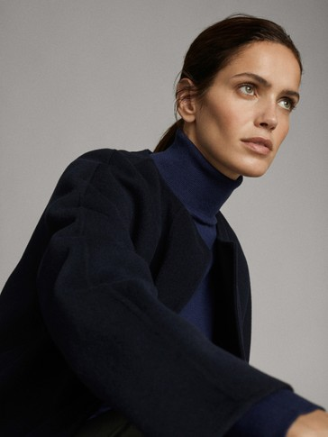 HAND-TAILORED WOOL COAT WITH CREW NECK