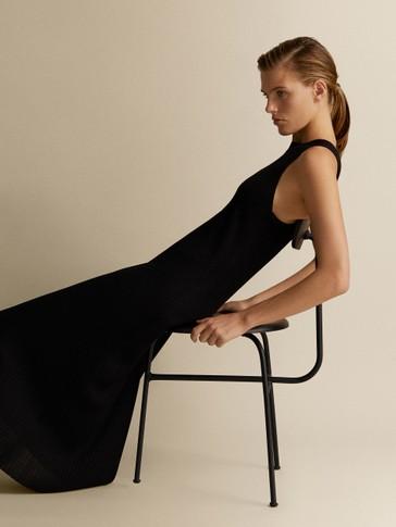 فستان مضلع أسود