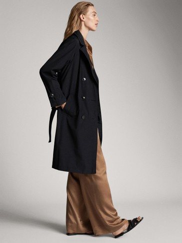 BLACK TECHNICAL TRENCH COAT WITH POCKETS