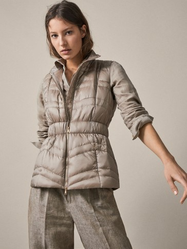 PUFFER GILET WITH ELASTIC WAIST
