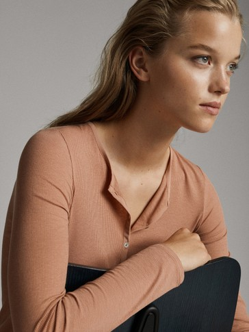 HENLEY LONG SLEEVE T-SHIRT WITH BUTTONS
