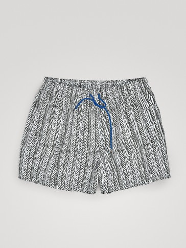 HERRINGBONE PRINT SWIMMING TRUNKS