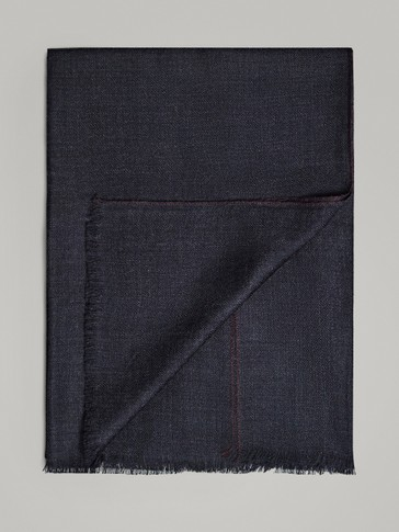 NAVY 100% WOOL SCARF