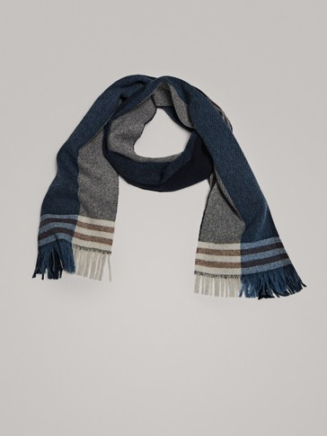 WOOL SCARF IN SHADES OF BLUE