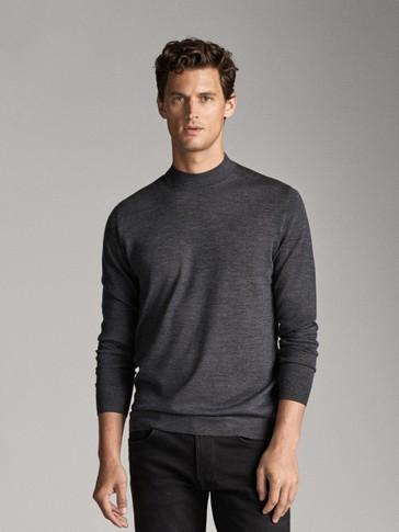 100% MERINO WOOL PLAIN SWEATER