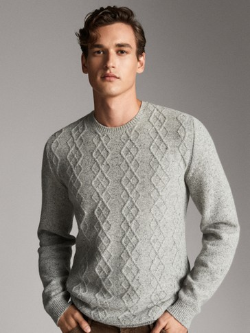 CREW NECK TEXTURED WEAVE SWEATER