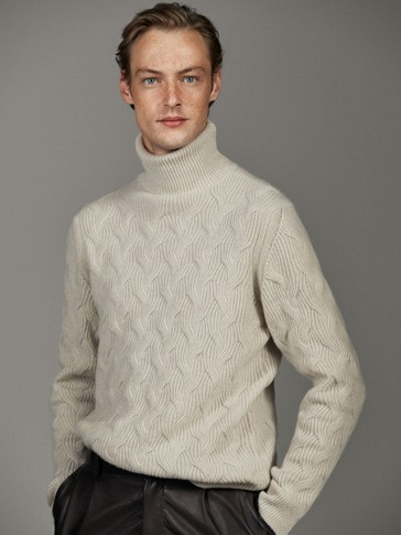 WOOL POLO HIGH- NECK SWEATER