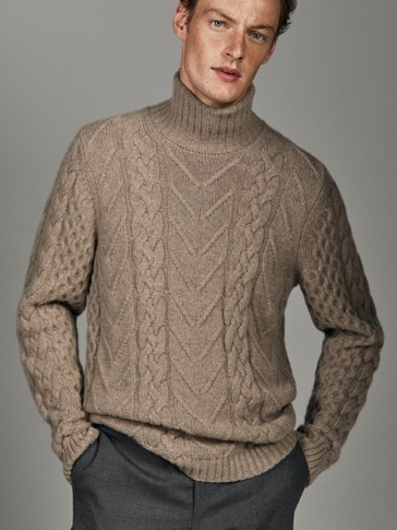Limited Edition Wool Sweater by Massimo Dutti