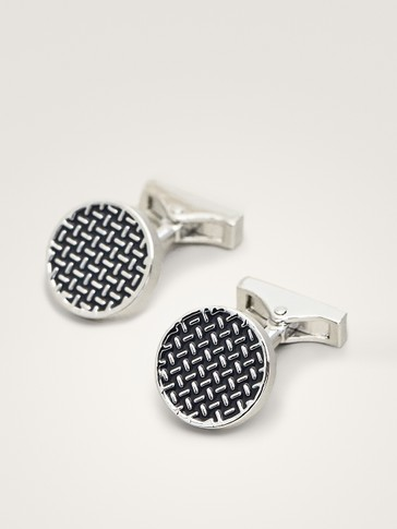 GEOMETRIC DESIGN CUFFLINKS