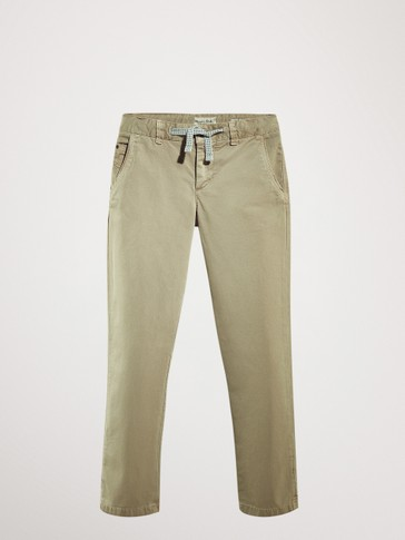 CASUAL FIT DRAWSTRING CHINO TROUSERS