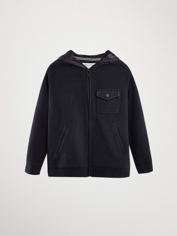 HOODIE WITH POCKET DETAIL