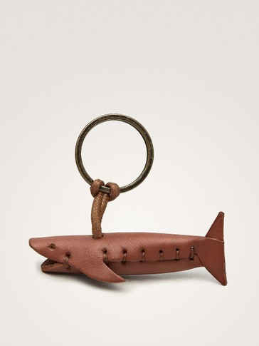 LEATHER SHARK KEY RING