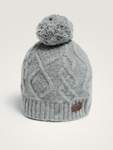 100% CASHMERE HAT WITH POMPOM