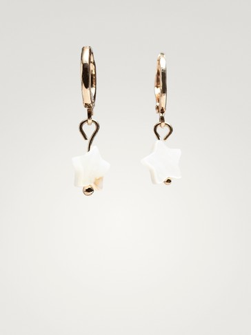 HOOP EARRINGS WITH MOTHER-OF-PEARL STARS