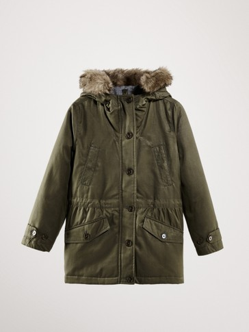 PARKA WITH POCKETS AND DETACHABLE HOOD