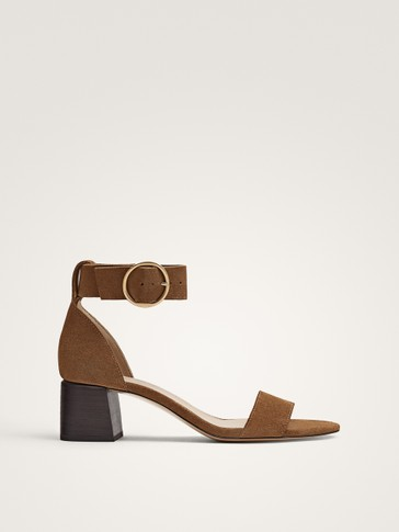 HEELED SANDALS WITH BUCKLE