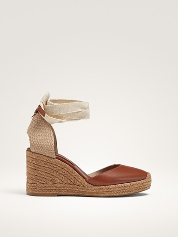 JUTE AND LEATHER WEDGES