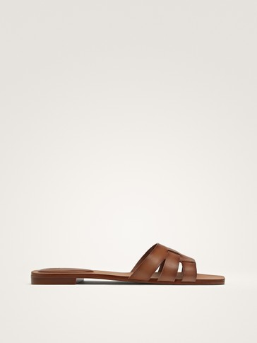 TAN LEATHER FLAT SLIDES