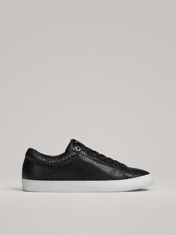 BLACK LEATHER PLIMSOLLS