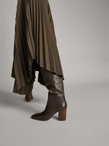 OVER-THE-KNEE BOOTS WITH WOODEN HEELS