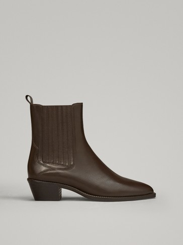BOTTINES PLATES MARRON