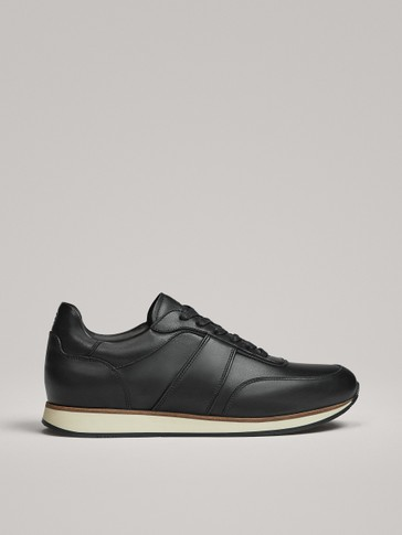 BLACK LEATHER TRAINERS