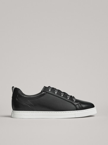BLACK LEATHER TRAINERS WITH LACE HOOKS
