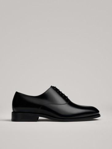 PLAIN BLACK OXFORD SHOES