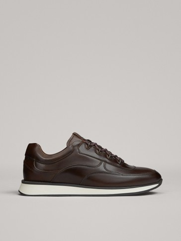 BROWN LEATHER TRAINERS WITH HOOKS