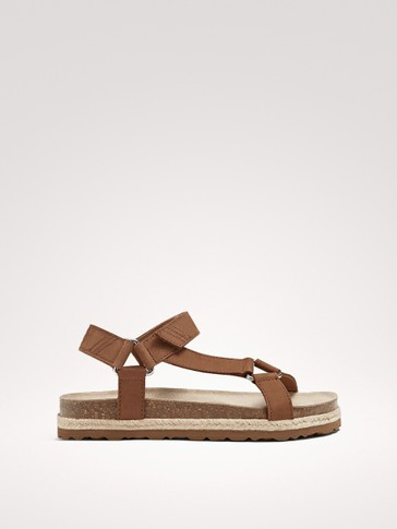 LEATHER HOOK-AND-LOOP STRAP SANDALS