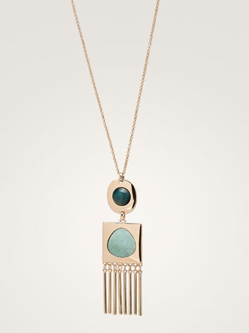 STONE AND GEOMETRIC PIECE NECKLACE
