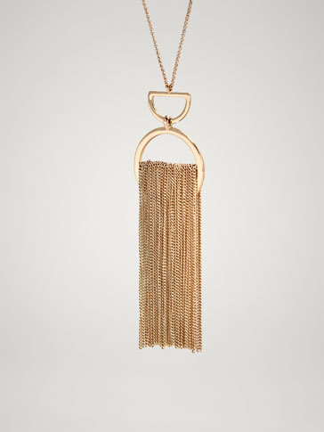 PENDANT AND TASSEL NECKLACE