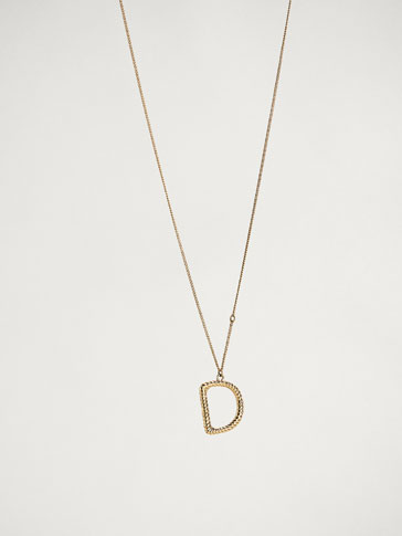 ONLINE EXCLUSIVE LETTER D NECKLACE