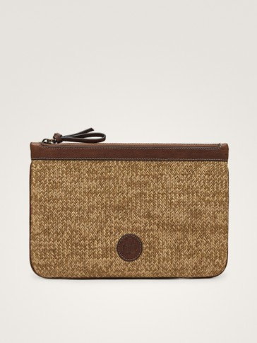 CONTRAST RAFFIA AND LEATHER POCHETTE