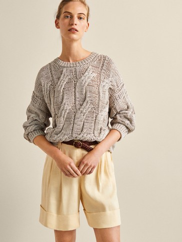 LINEN BERMUDA SHORTS WITH DARTS