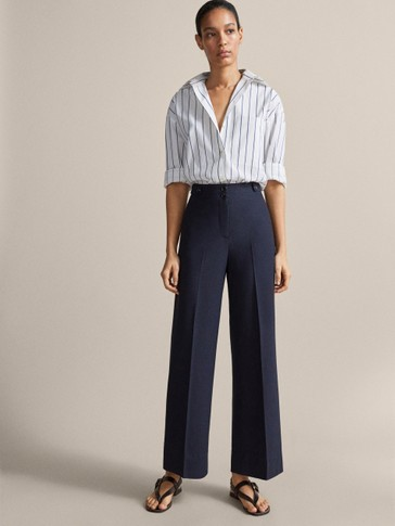 CROPPED NAVY BLUE TROUSERS WITH BUTTONED TABS