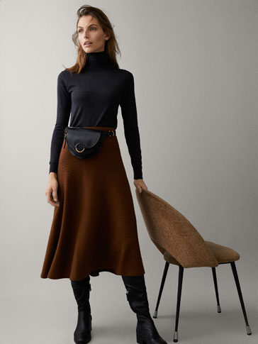RIBBED SKIRT WITH BELT DETAIL