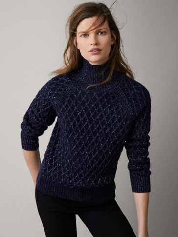 SPARKLY NAVY TEXTURED SWEATER