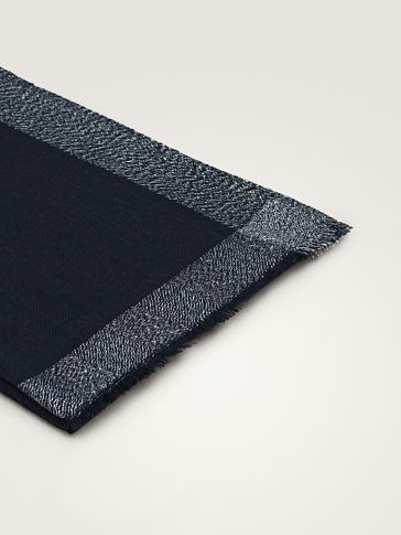 100% MERINO WOOL SCARF WITH SHIMMER BORDER
