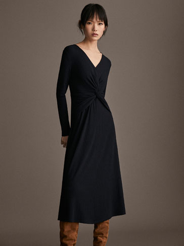 KNOTTED RIBBED NAVY DRESS