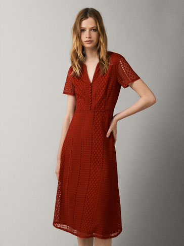 BUTTONED GUIPURE DRESS