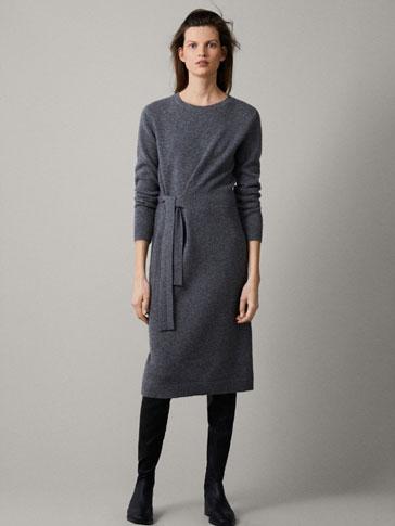 فستان 100% من الكاشمير بربطة
