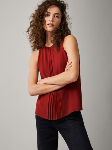 TOP WITH FRONT PLEAT