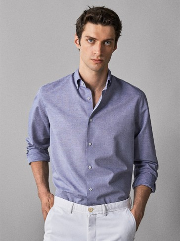 CAMISA DE ALGODÃO LISA SLIM FIT EASY IRON