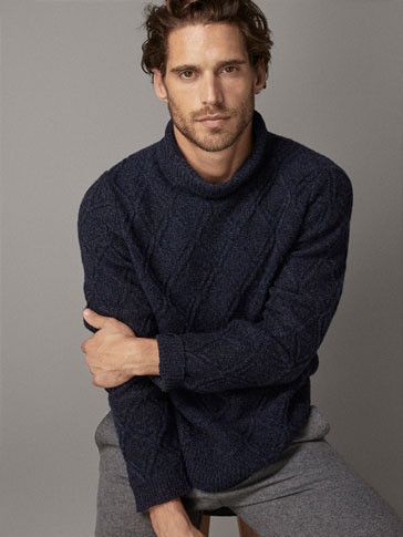 Textured 100 Percents Wool Sweater by Massimo Dutti
