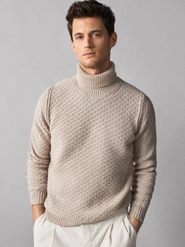 TEXTURED WOOL SWEATER