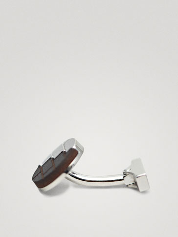 CONTRAST LEATHER CUFFLINKS