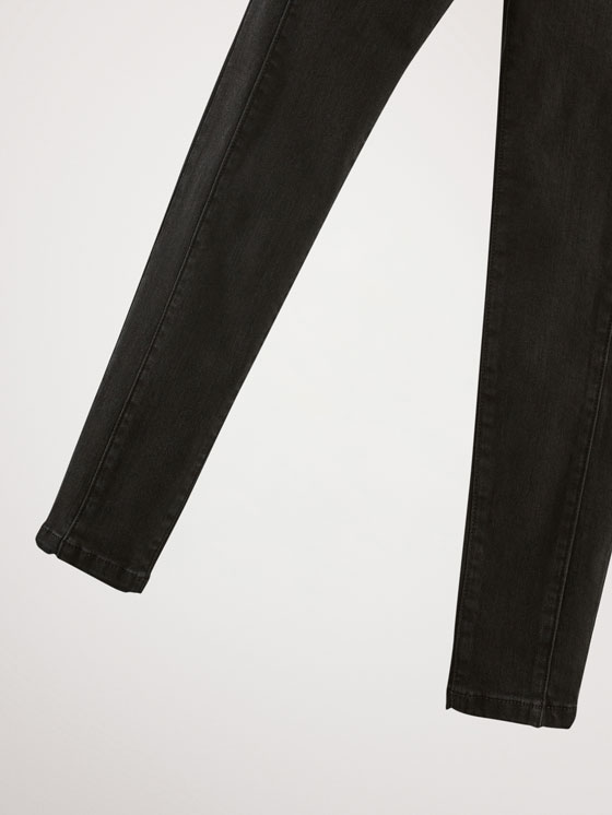 Massimo Dutti - JEAN NOIR COUTURES COUPE SKINNY - 4