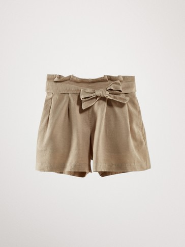 DARTED BERMUDA SHORTS WITH BELT